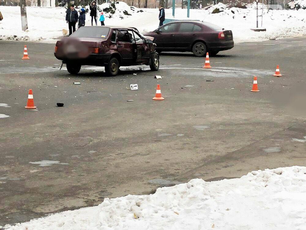 В Кривом Роге перевернулся и загорелся грузовик: пострадали 4 человека, - ФОТО , фото-17