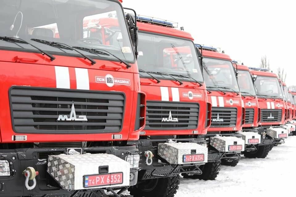 Криворожским спасателям выделили новый пожарный автомобиль, - ФОТО, фото-2