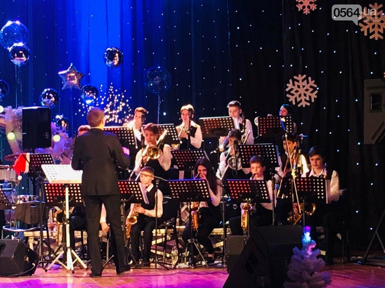 """Let it Snow"": на первое Рождество в Кривом Роге играют джаз, - ФОТО, ВИДЕО, фото-3"