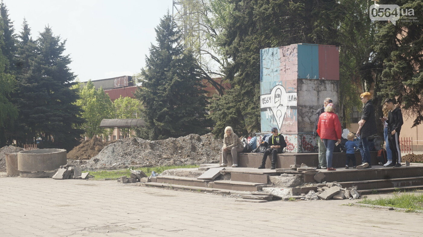 """Перед """"Еврофестом"""" в криворожском парке наводят порядок - работают без выходных, - ФОТО , фото-21"""