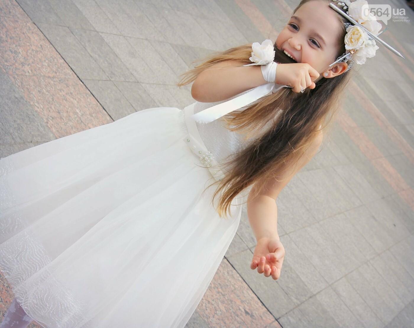 В Кривом Роге на выпускном в детском саду замечена юная последовательница Кати Осадчей, - ФОТО, ВИДЕО, фото-5
