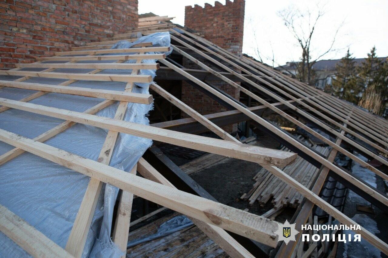 Бизнесмена, который ремонтировал крышу в детском тубдиспансере, подозревают в присвоении 1,6 миллиона, - ФОТО , фото-4