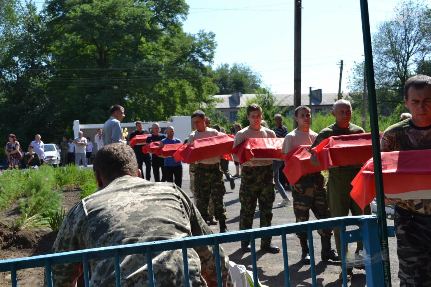 Вечная память! На Криворожье торжественно захоронили останки 43 воинов Второй мировой, - ФОТО, ВИДЕО, фото-26