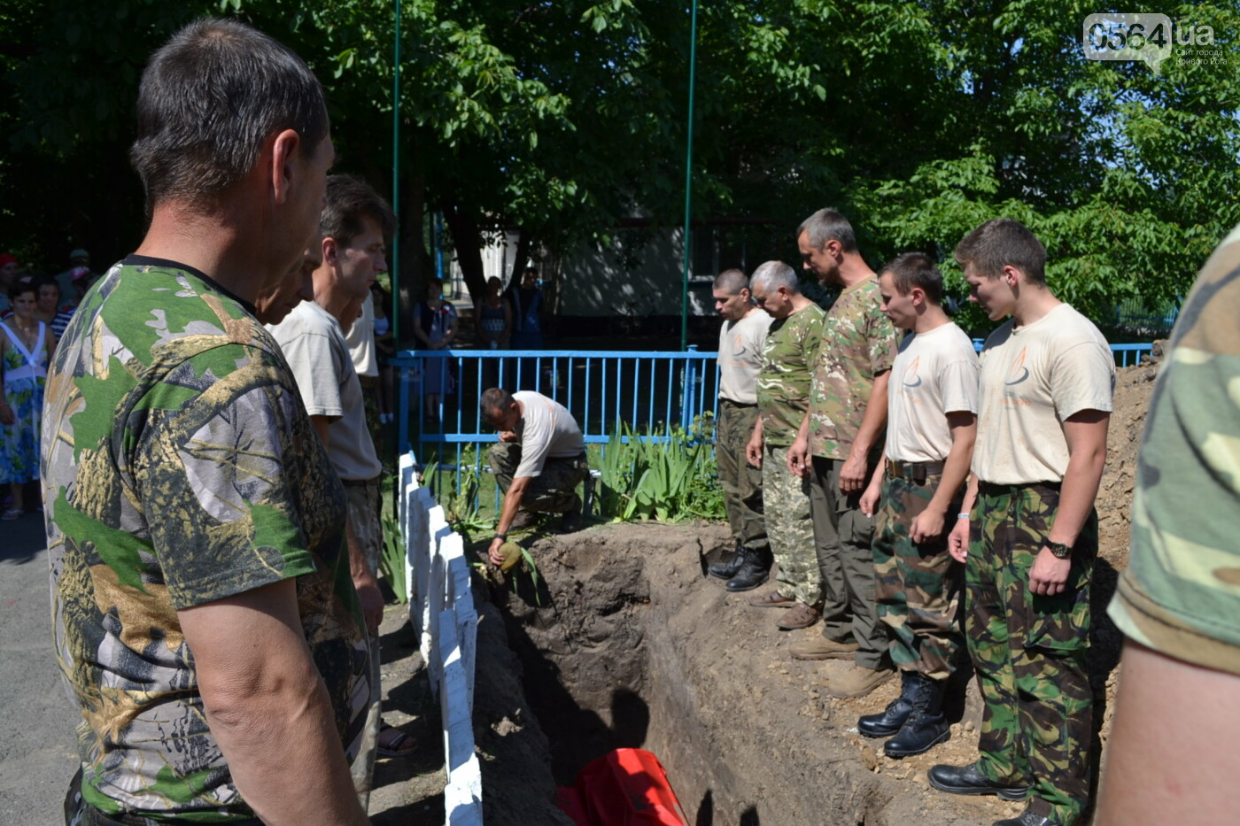 Вечная память! На Криворожье торжественно захоронили останки 43 воинов Второй мировой, - ФОТО, ВИДЕО, фото-36