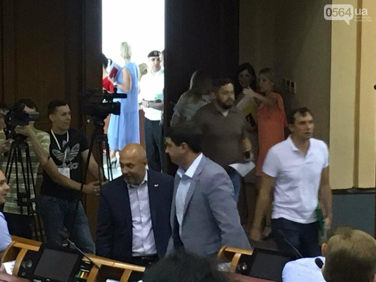 Депутат, который служит в зоне ООС, покинул фракцию Опоблока в Криворожском горсовете , - ФОТО, фото-3