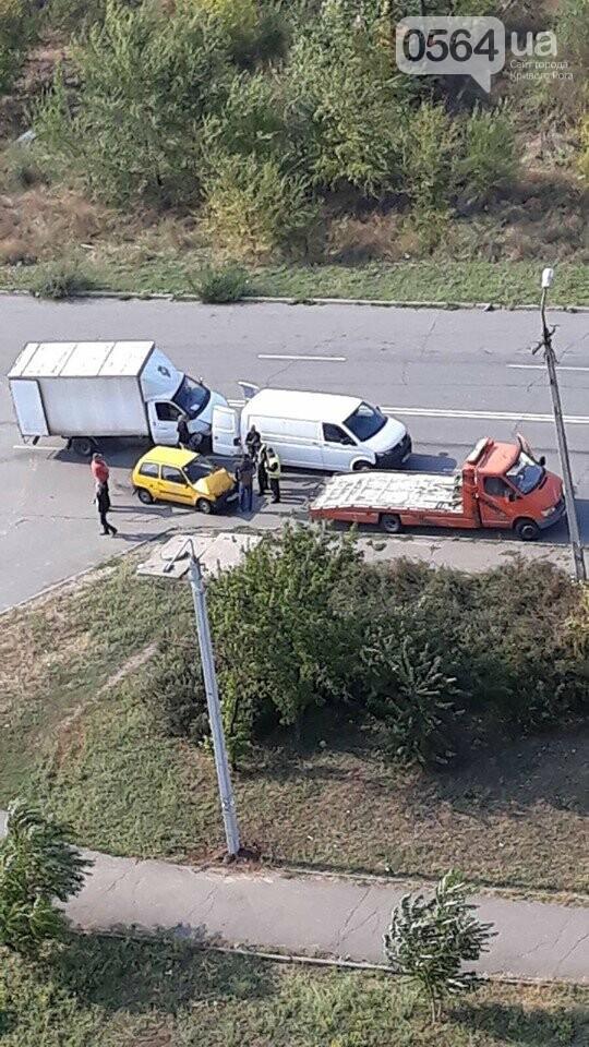 В Кривом Роге в результате ДТП пострадал водитель, - ФОТО , фото-1