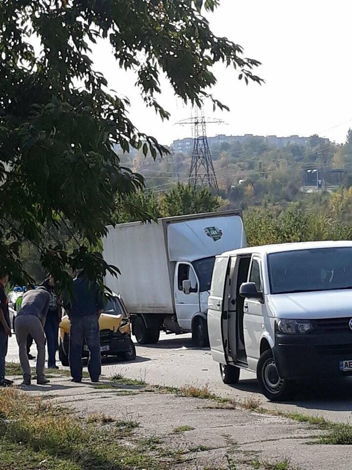В Кривом Роге в результате ДТП пострадал водитель, - ФОТО , фото-2