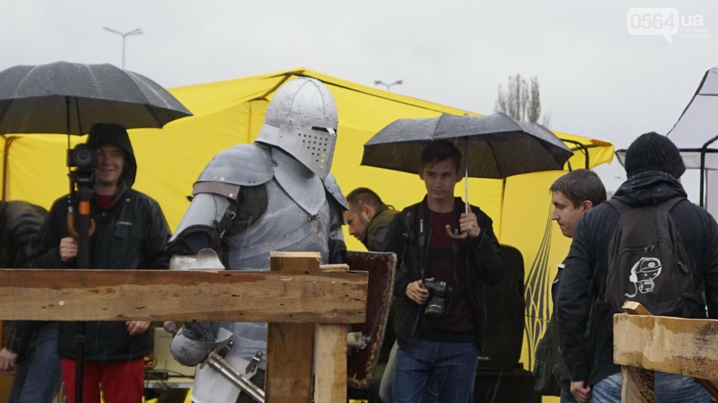 В Кривом Роге рыцари в доспехах, с мечами и топорами приняли участие в Турнире стального города, - ФОТО, ВИДЕО , фото-6