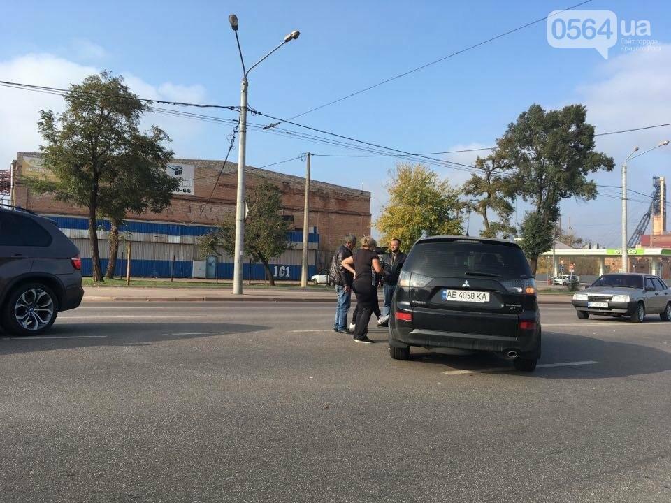 В Кривом Роге не разминулись внедорожник и легковушка, - ФОТО , фото-4