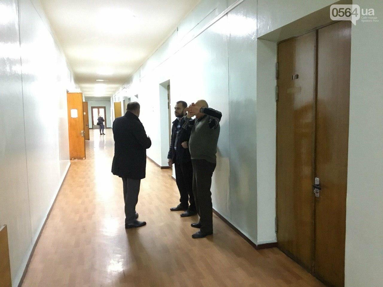 Стало известно, кто зайдет в Криворожский горсовет вместо депутата Михаила Карого, - ФОТО, фото-9
