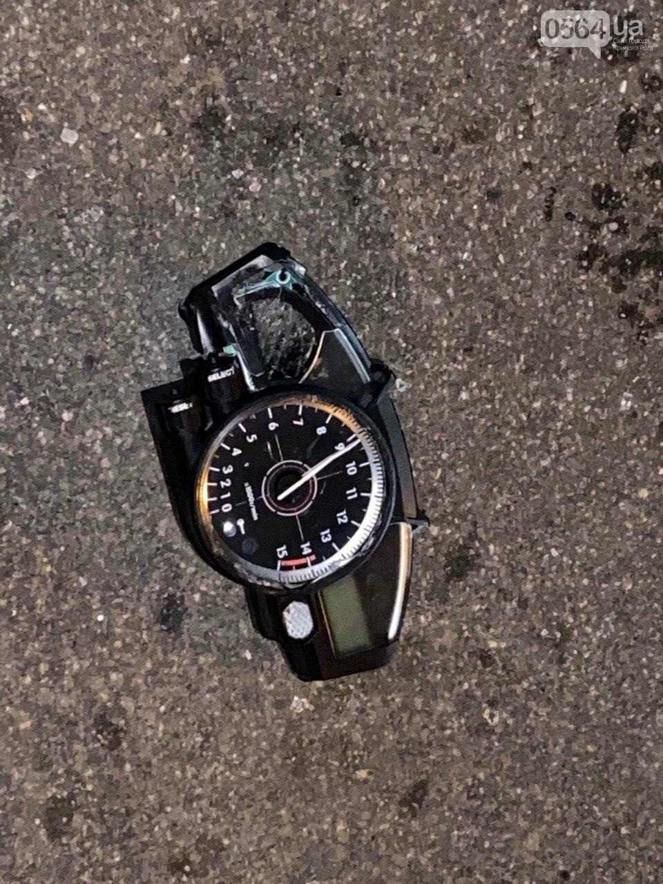 Тройное ДТП в Кривом Роге - дорогу не поделили мотоцикл и две легковушки. Есть пострадавшие, - ФОТО, ВИДЕО, фото-3