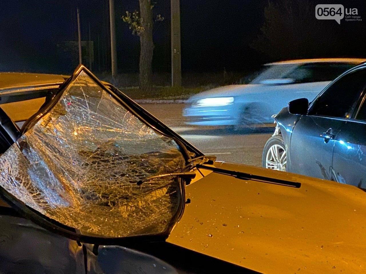 Тройное ДТП в Кривом Роге - дорогу не поделили мотоцикл и две легковушки. Есть пострадавшие, - ФОТО, ВИДЕО, фото-22