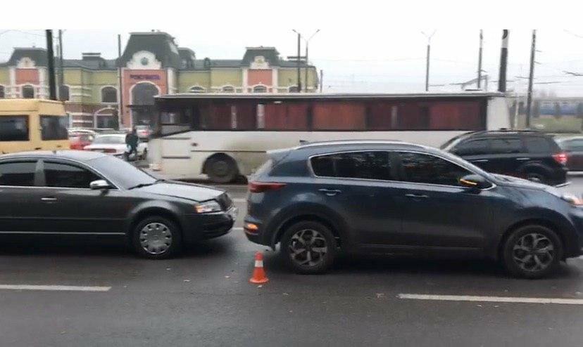 В Кривом Роге возле железнодорожной станции произошло ДТП, - ФОТО , фото-12