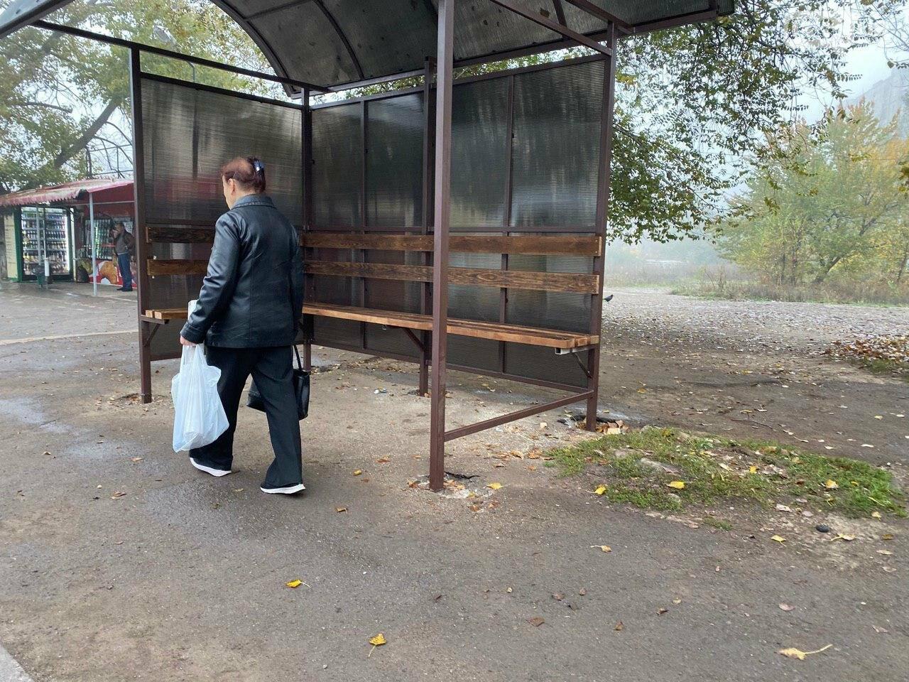 В Кривом Роге предприниматель помогла благоустроить остановку общественного транспорта, - ФОТО, фото-6