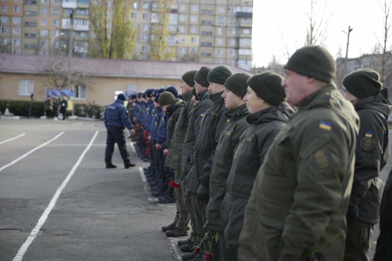 В воинской части 3011 в Кривом Роге почтили память погибших военнослужащих, - ФОТО, ВИДЕО, фото-3
