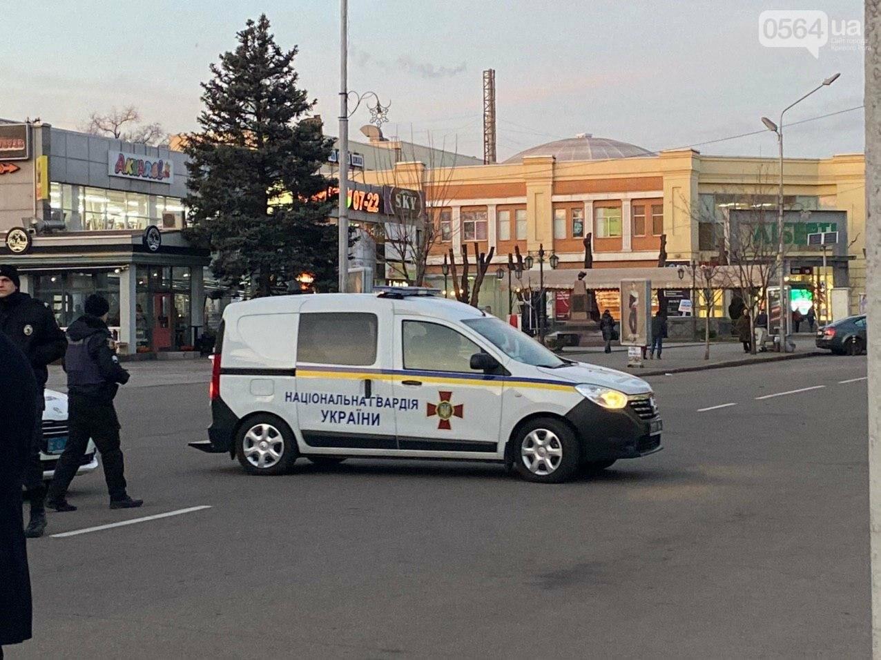 """""""Криворожане будут чувствовать себя в большей безопасности"""": в Центрально-Городском районе начались патрулирования, - ФОТО, ВИДЕО , фото-18"""