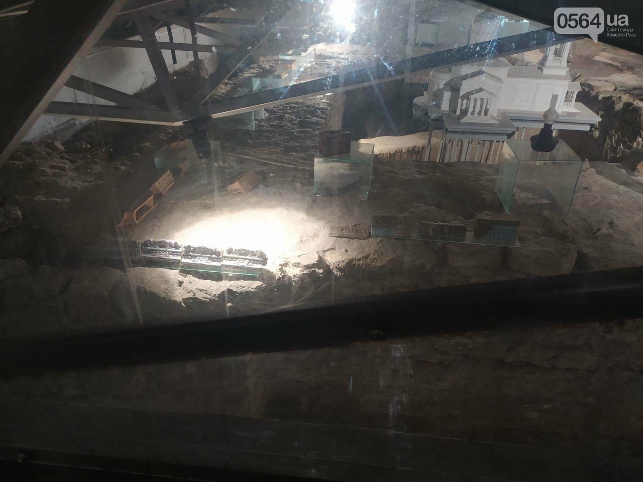 Информация о краже из музейной экспозиции в Кривом Роге в полицию не поступала. Правоохранители начали проверку, - ФОТО, фото-5