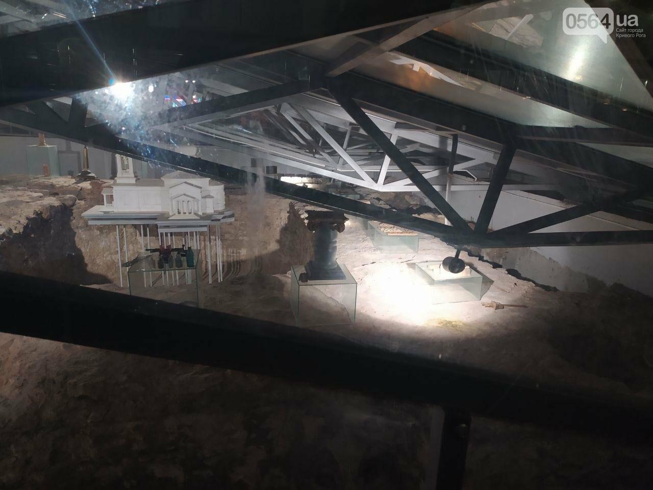 Информация о краже из музейной экспозиции в Кривом Роге в полицию не поступала. Правоохранители начали проверку, - ФОТО, фото-8