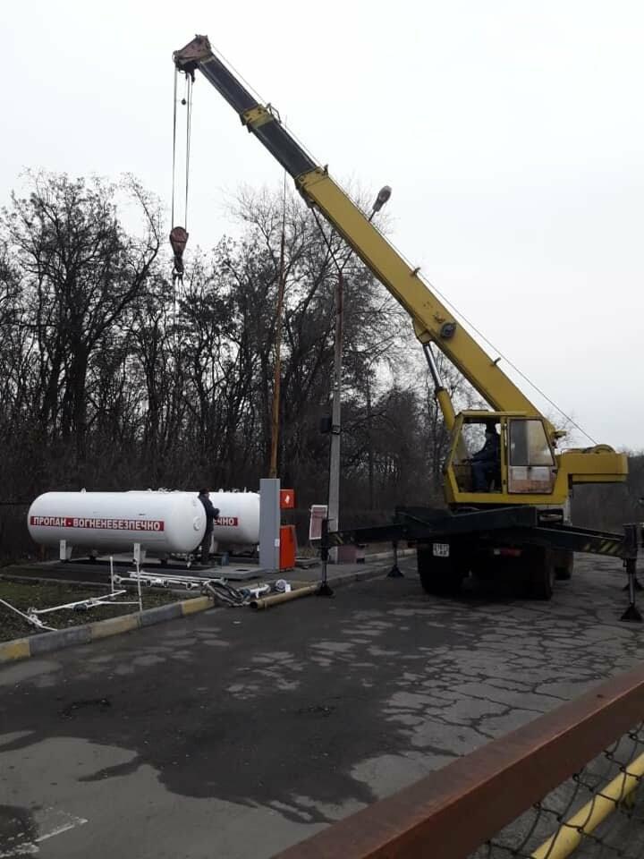 На незаконной АЗС в Кривом Роге изъяли продукцию и 2 резервуара для хранения газа, - ФОТО, фото-1