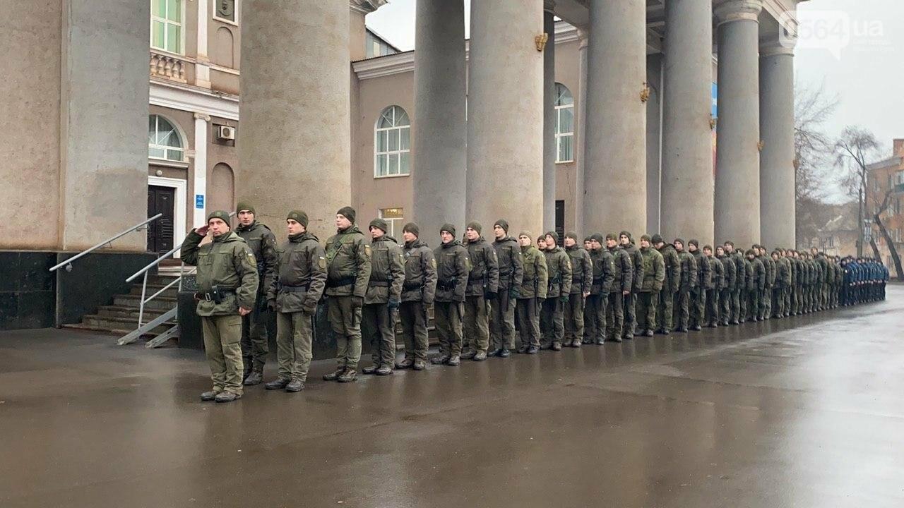 Два центральных района Кривого Рога будут патрулировать военнослужащие и полицейские, - ФОТО, ВИДЕО , фото-1