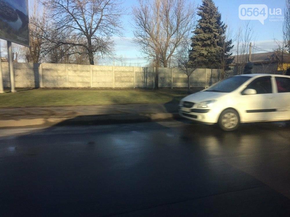 """В Кривом Роге не поделили дорогу """"Hyundai Getz"""" и """"Dacia Logan"""", - ФОТО , фото-2"""