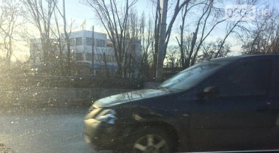 """В Кривом Роге не поделили дорогу """"Hyundai Getz"""" и """"Dacia Logan"""", - ФОТО , фото-4"""