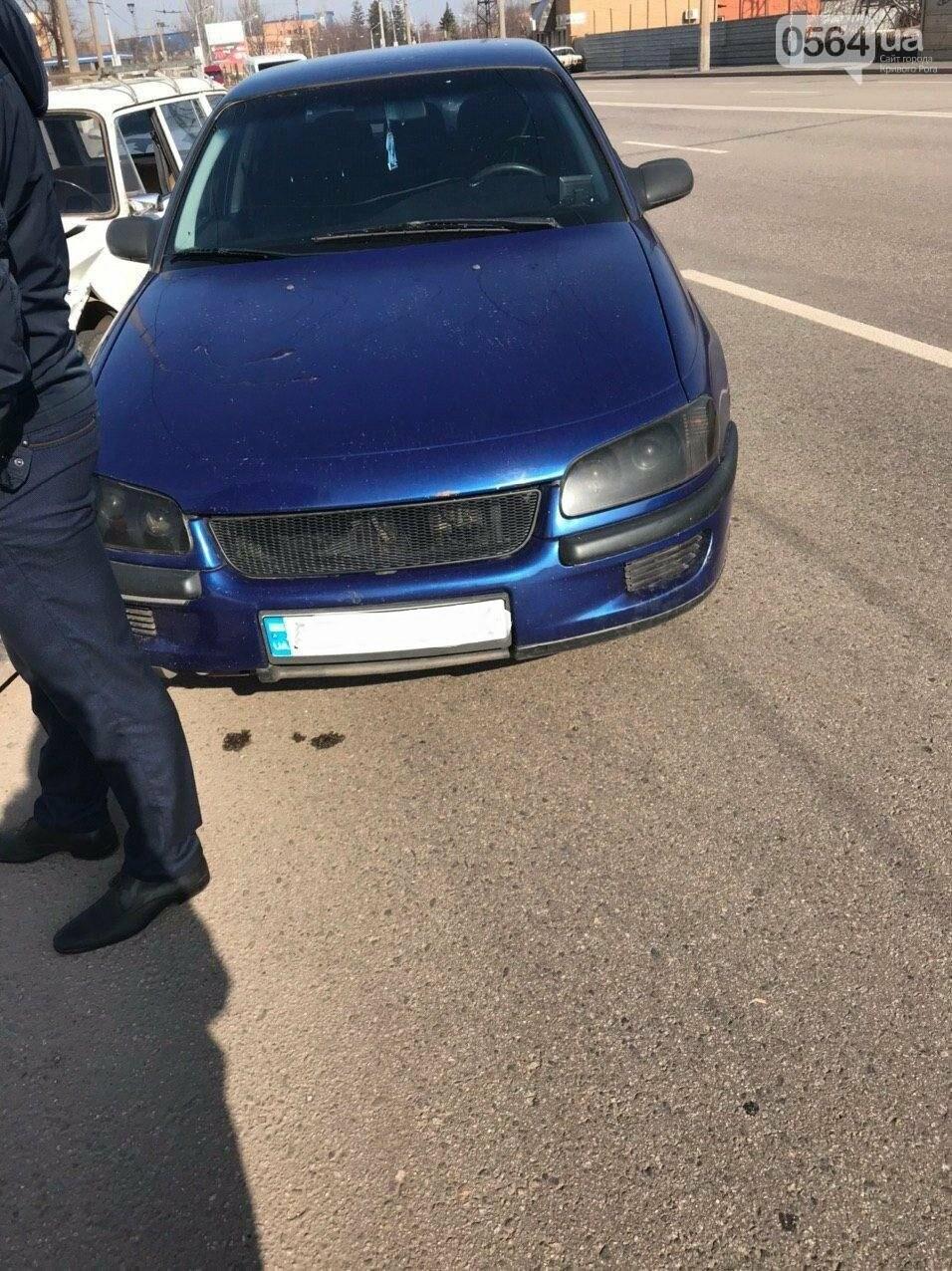 В Кривом Роге столкнулись два автомобиля, - ФОТО, фото-4