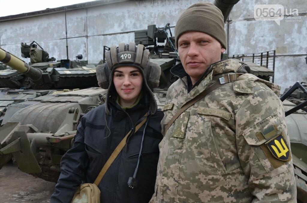 """""""Я за Украину!"""", - наводчиком-оператором танка в Криворожской бригаде стала хрупкая девушка, - ФОТО, фото-2"""