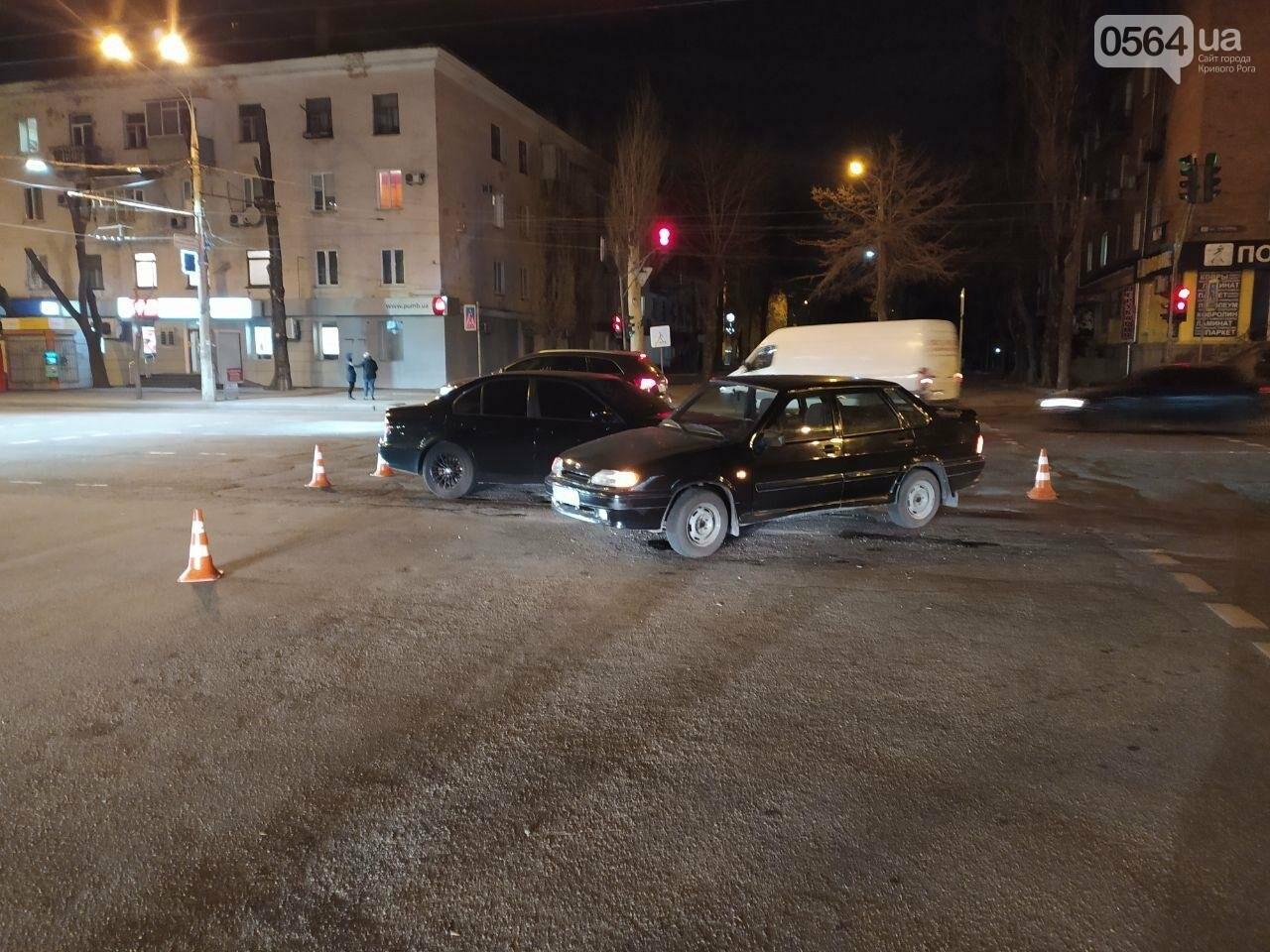 """ДТП в Кривом Роге: на пути BMW оказались """"Жигули"""", - ФОТО, фото-1"""