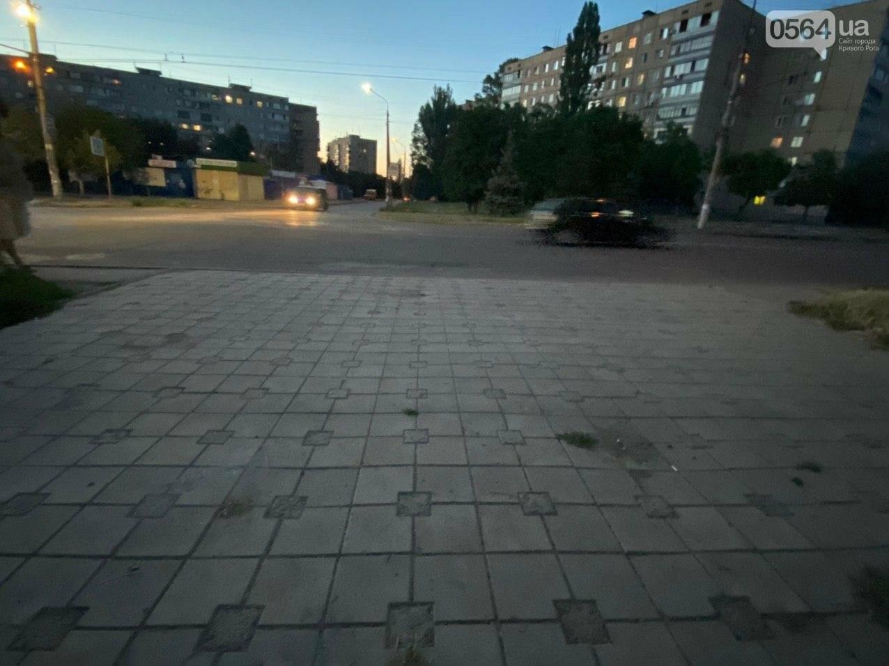 """""""Опять вандалы?"""": почему в Кривом Роге на новой остановке нет стекла, - ФОТО , фото-11"""