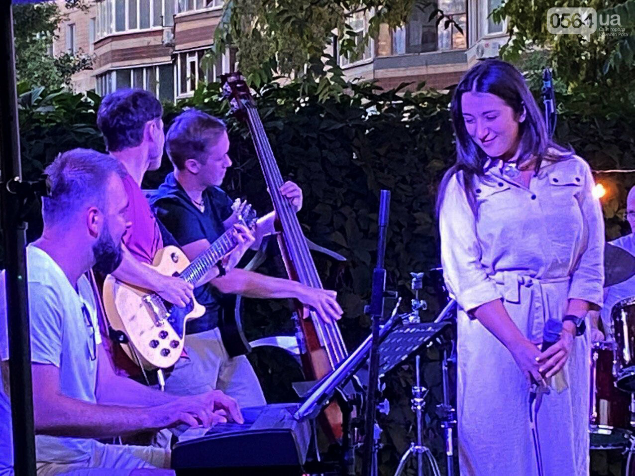 Под звездным небом криворожане наслаждались летним джазом от  Advantage Project, - ФОТО, ВИДЕО , фото-22