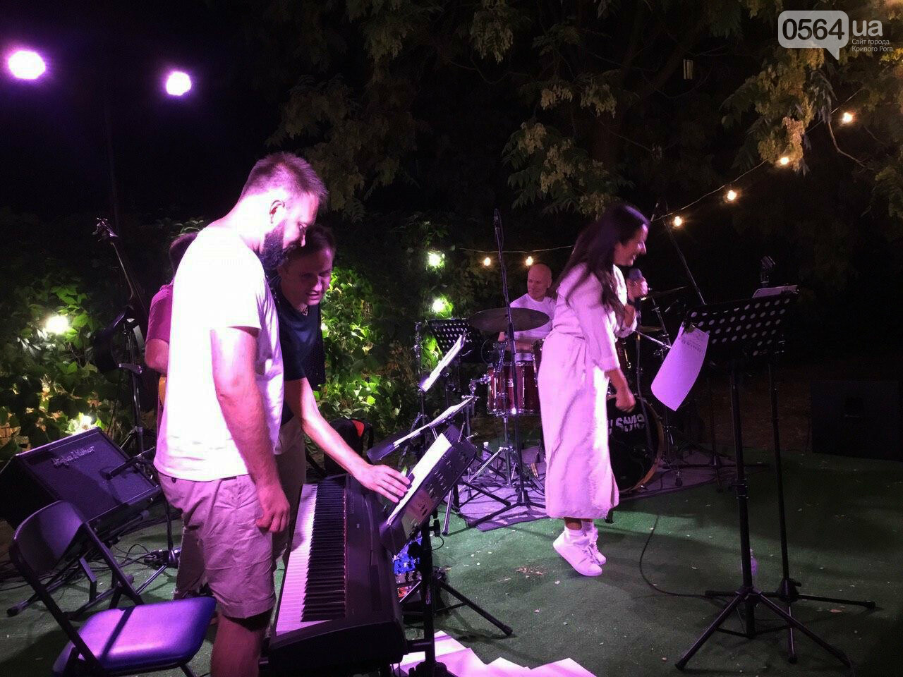 Под звездным небом криворожане наслаждались летним джазом от  Advantage Project, - ФОТО, ВИДЕО , фото-13