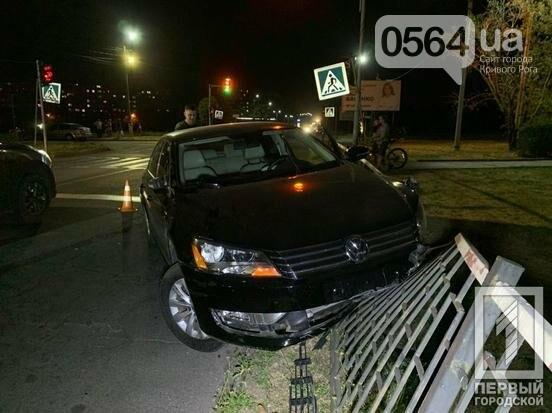 В Кривом Роге на пешеходном переходе Volkswagen сбил школьника, - ФОТО , фото-1