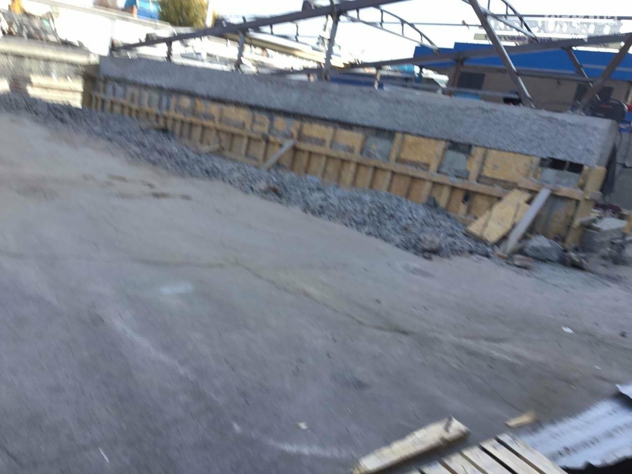 Как проходит реконструкция пешеходного перехода на улице Лермонтова в Кривом Роге, - ФОТО, фото-11