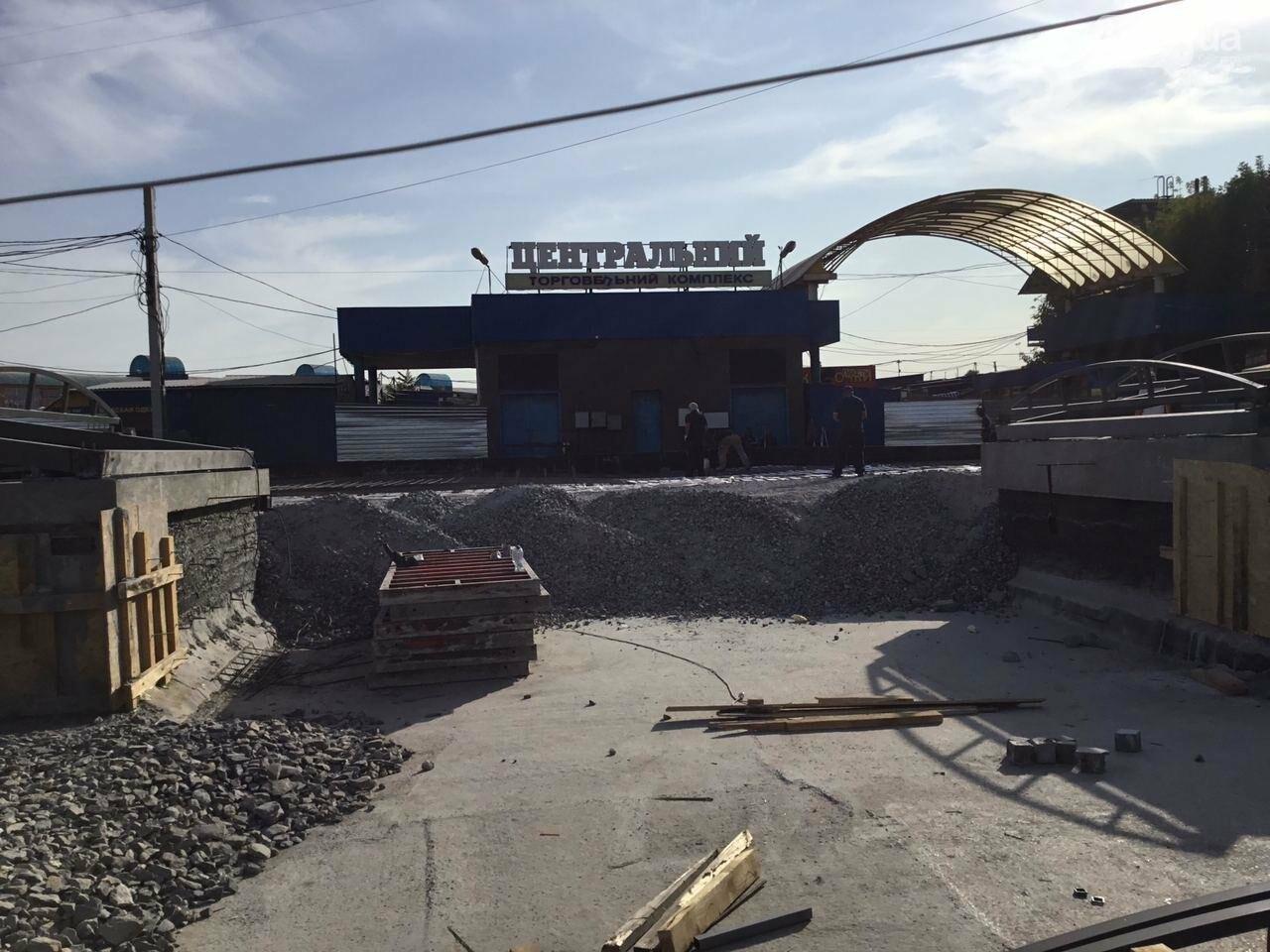 Как проходит реконструкция пешеходного перехода на улице Лермонтова в Кривом Роге, - ФОТО, фото-3
