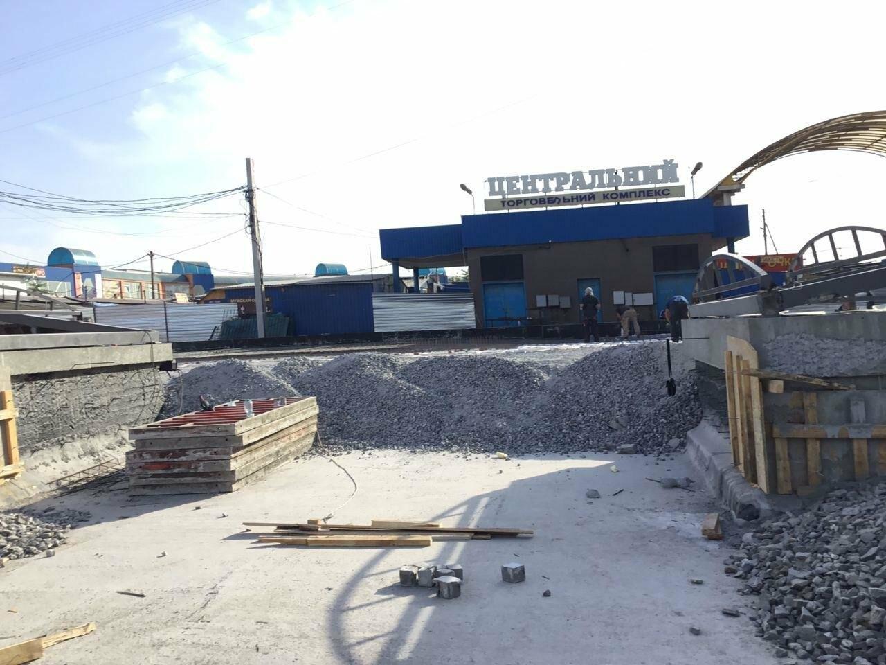 Как проходит реконструкция пешеходного перехода на улице Лермонтова в Кривом Роге, - ФОТО, фото-4