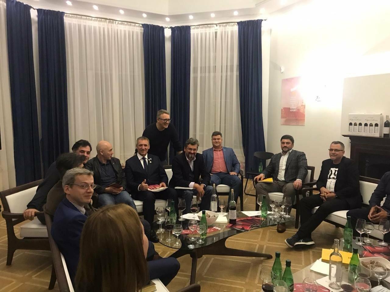 Криворожанин выступил с докладом на первом заседании Общественного совета  по вопросам культуры, молодежи и спорта Украины, - ФОТО , фото-4