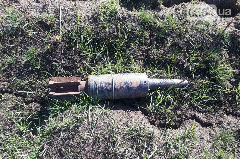 """В """"элитном селе"""" под Кривым Рогом мужчина обнаружил гранату у себя на огороде, - ФОТО, фото-2"""