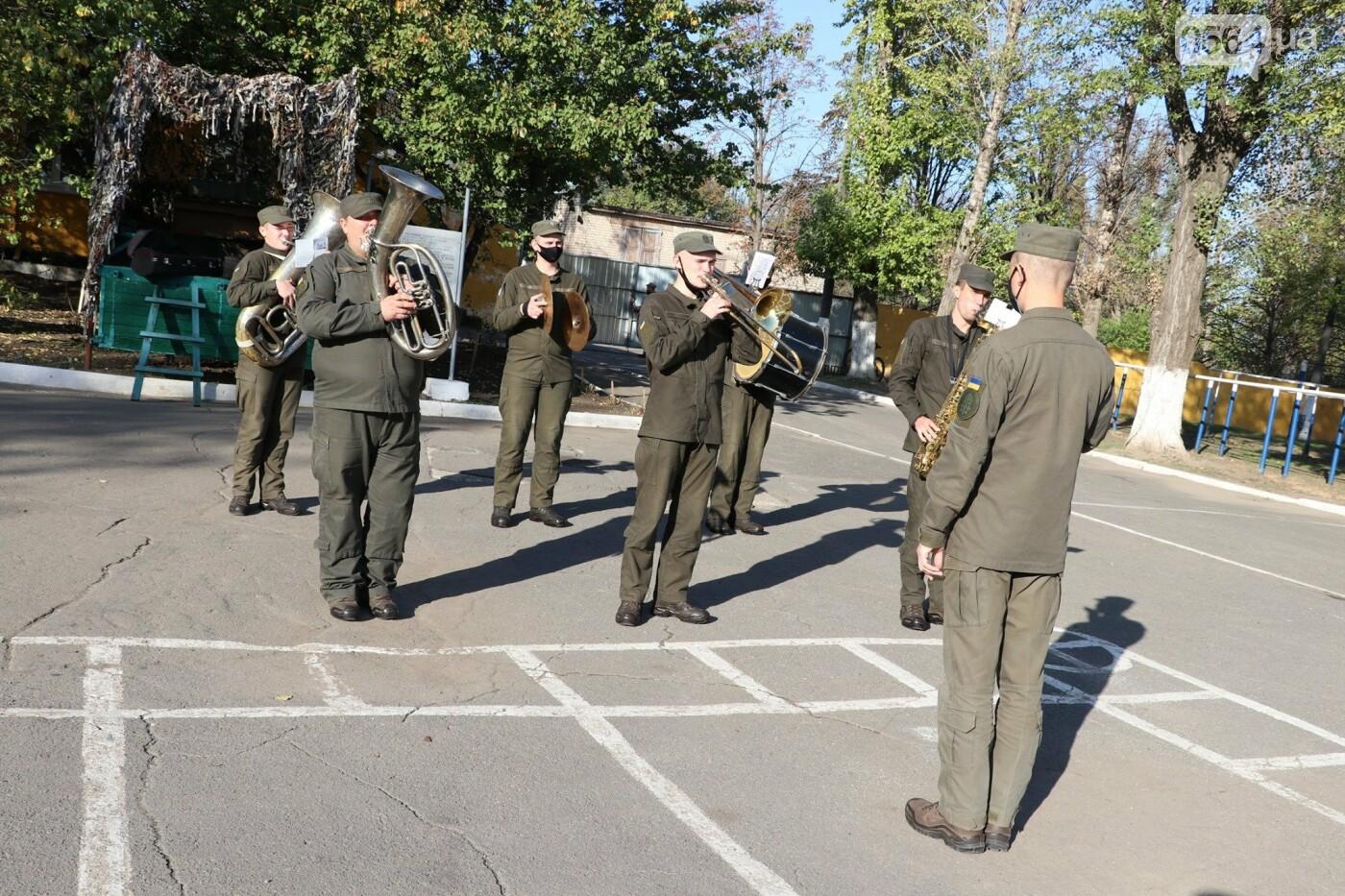 В Кривой Рог прибыли молодые бойцы из Черкасской области, - ФОТО , фото-4