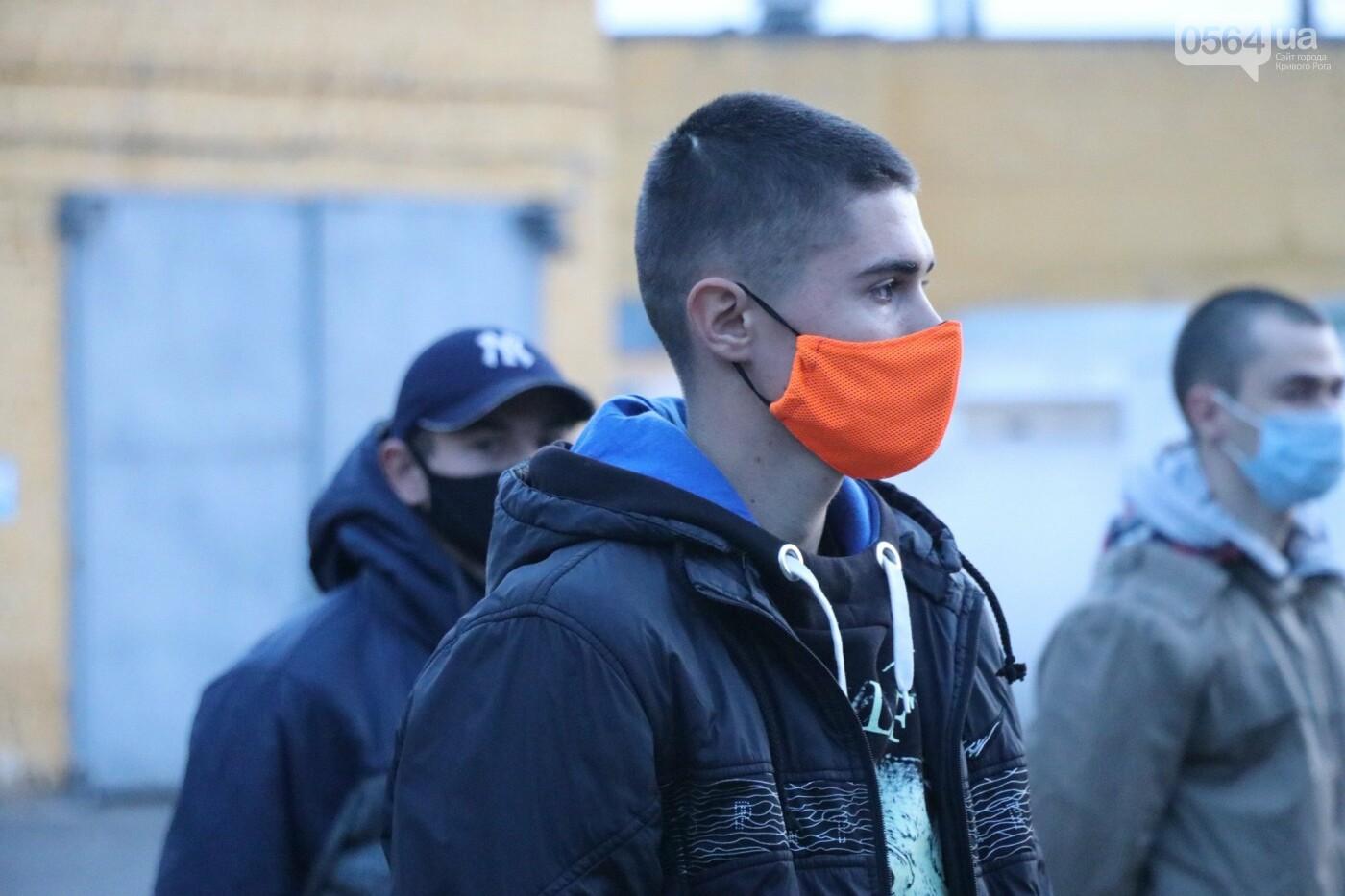 В Кривой Рог прибыли молодые бойцы из Черкасской области, - ФОТО , фото-3