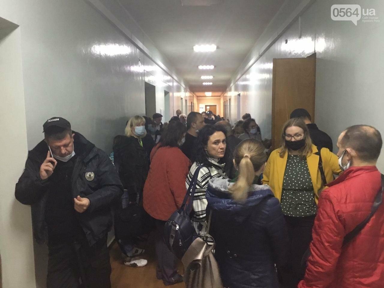 Криворожская городская избирательная комиссия приняла протоколы от более 25% УИК, - ФОТО, фото-3
