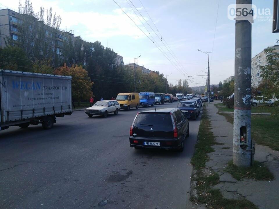 В Кривом Роге Nissan сбил двоих детей на пешеходном переходе, - ФОТО, ВИДЕО , фото-7