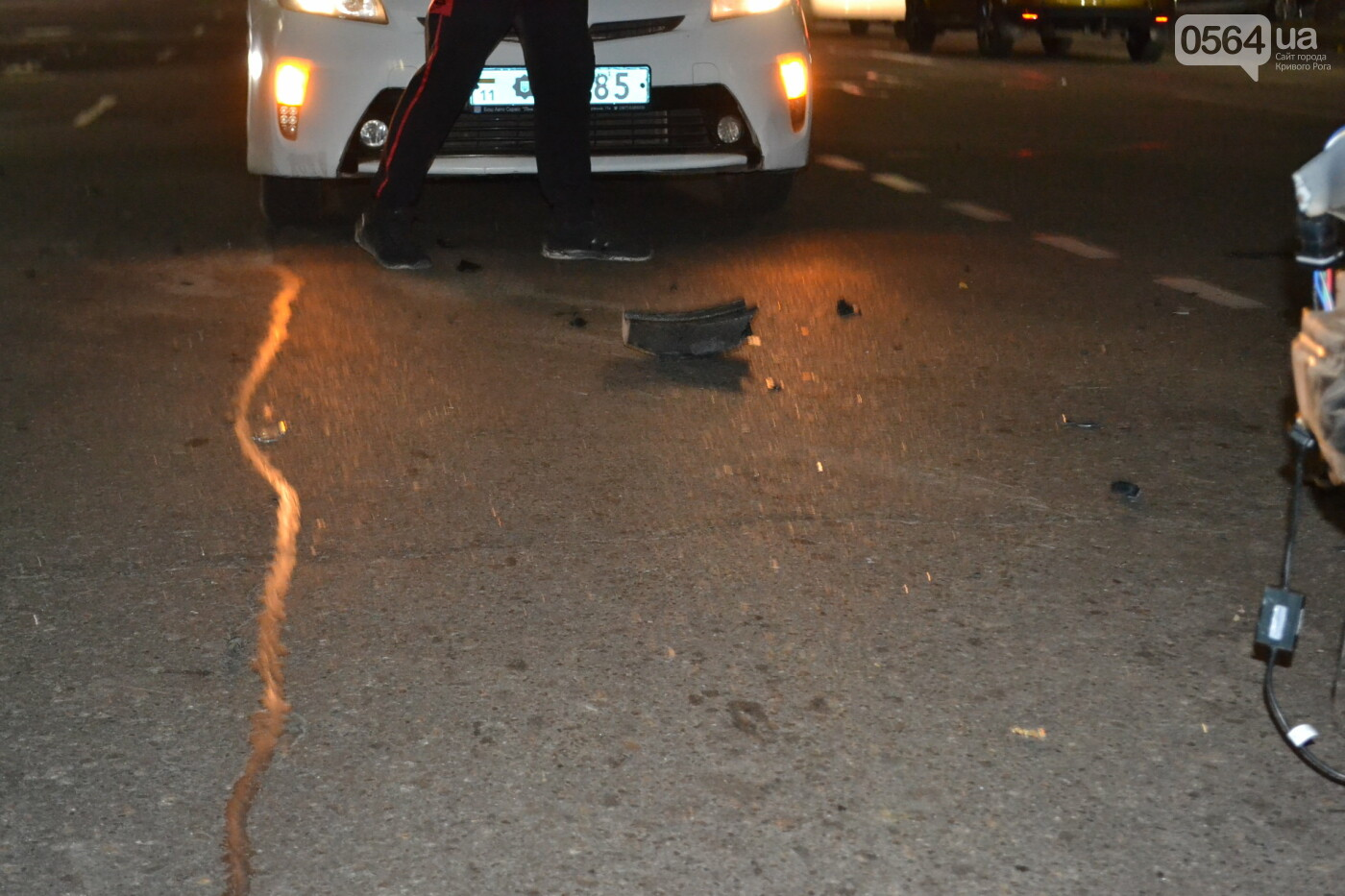 На проспекте Мира в Кривом Роге столкнулись Lanos и Kia, - ФОТО, ВИДЕО, фото-12
