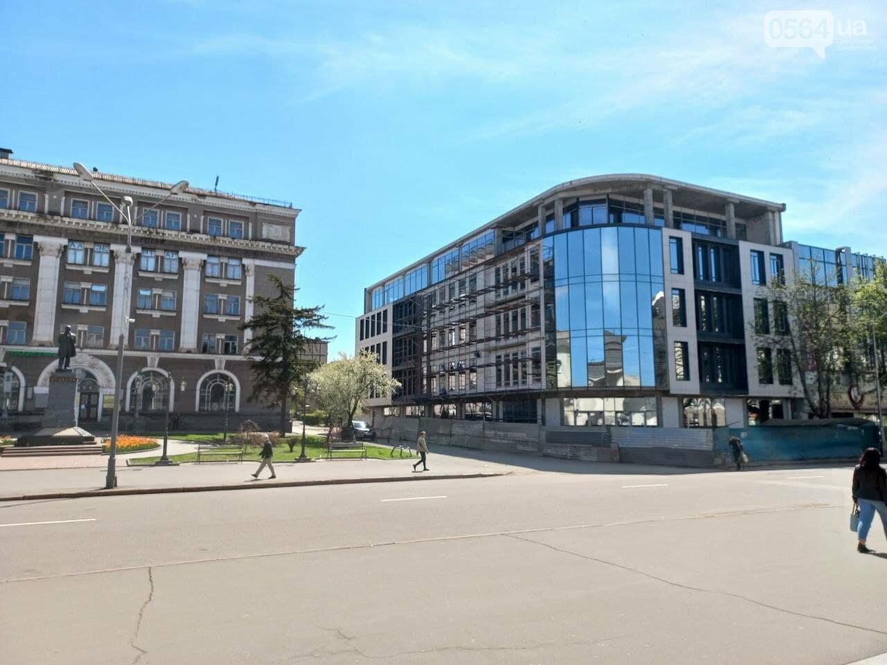 """Новый """"гранд-отель""""  в Кривом Роге попытались гармонизировать с пространством исторического проспекта, - ФОТО, фото-4"""