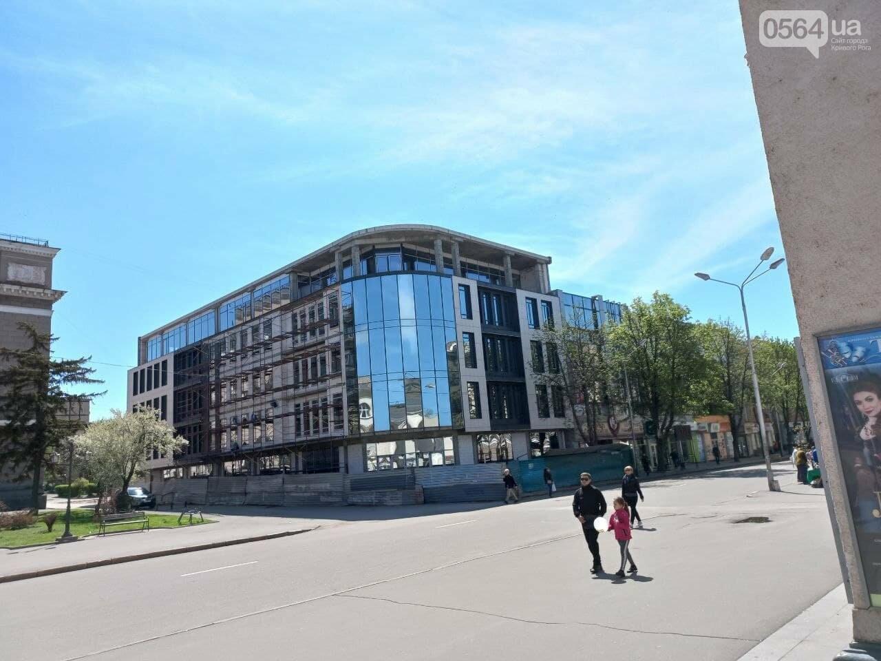 """Новый """"гранд-отель""""  в Кривом Роге попытались гармонизировать с пространством исторического проспекта, - ФОТО, фото-9"""