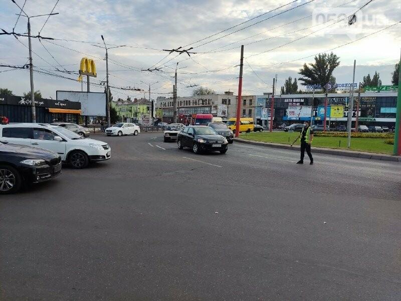В центре Кривого Рога столкнулись BMW и Nissan, - ФОТО, фото-4