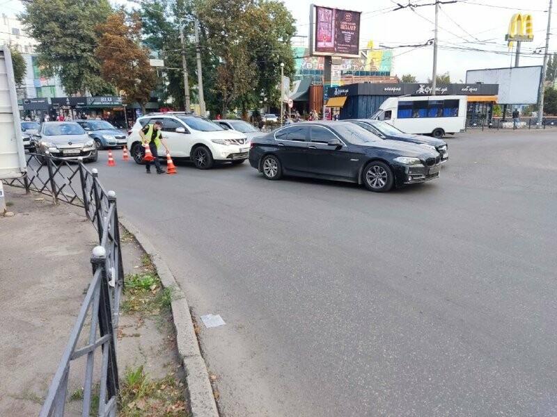В центре Кривого Рога столкнулись BMW и Nissan, - ФОТО, фото-3