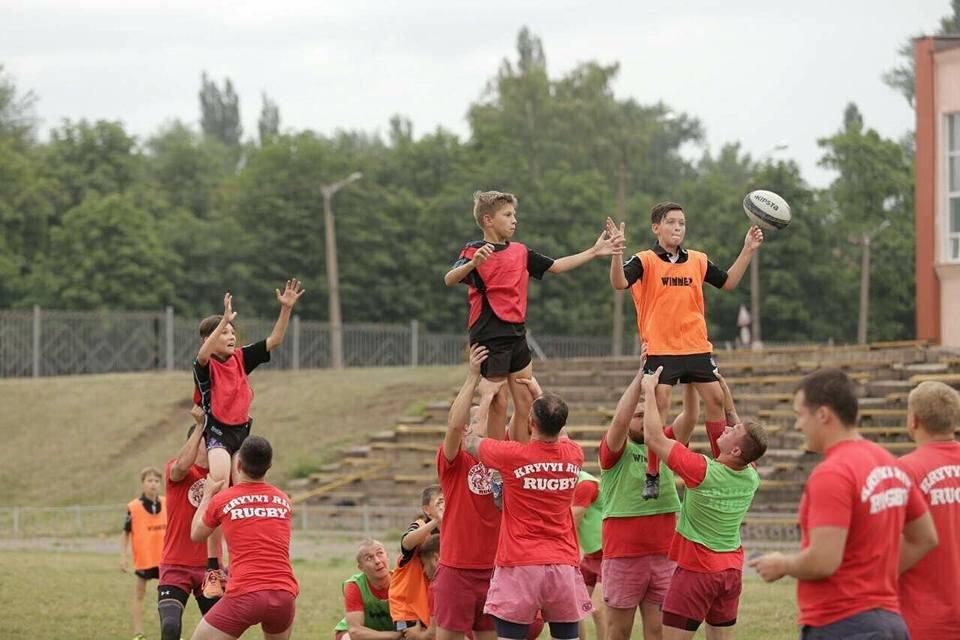 Профессиональные регбисты тренировали юных криворожан (ФОТО), фото-5