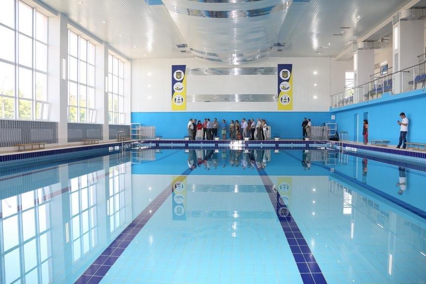 В Кривом Роге за бюджетные средства завершен капремонт бассейна (ФОТО), фото-5