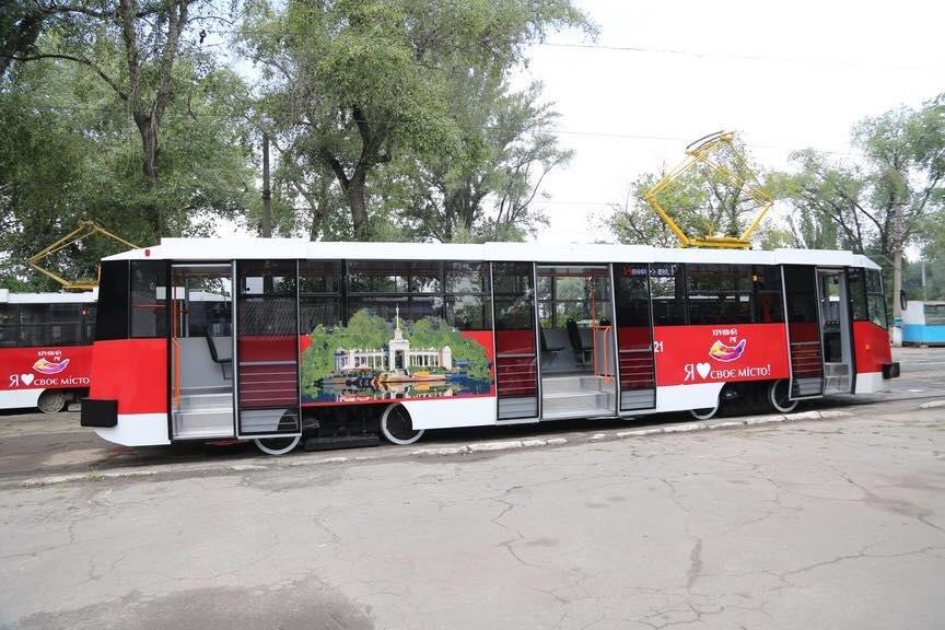 """""""Слепили пулю"""": руками криворожан был реконструирован вагон трамвая  (ФОТО), фото-4"""
